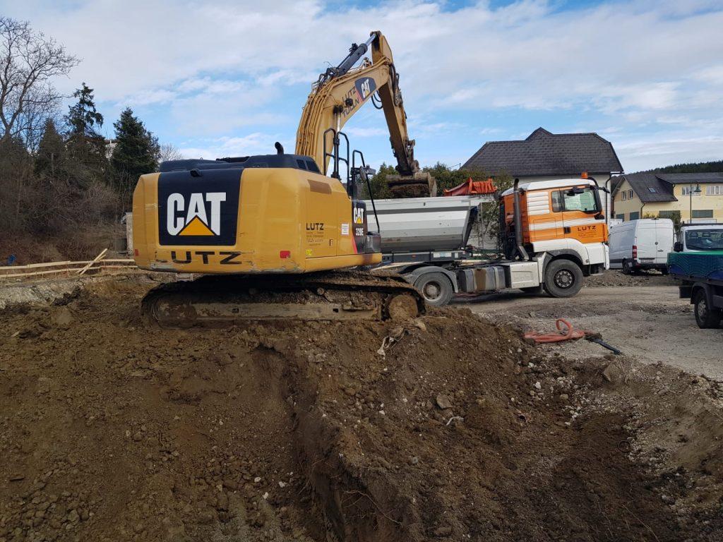 Das Untergeschoß auf der Baustelle in Tullnerbach wird gebaggert