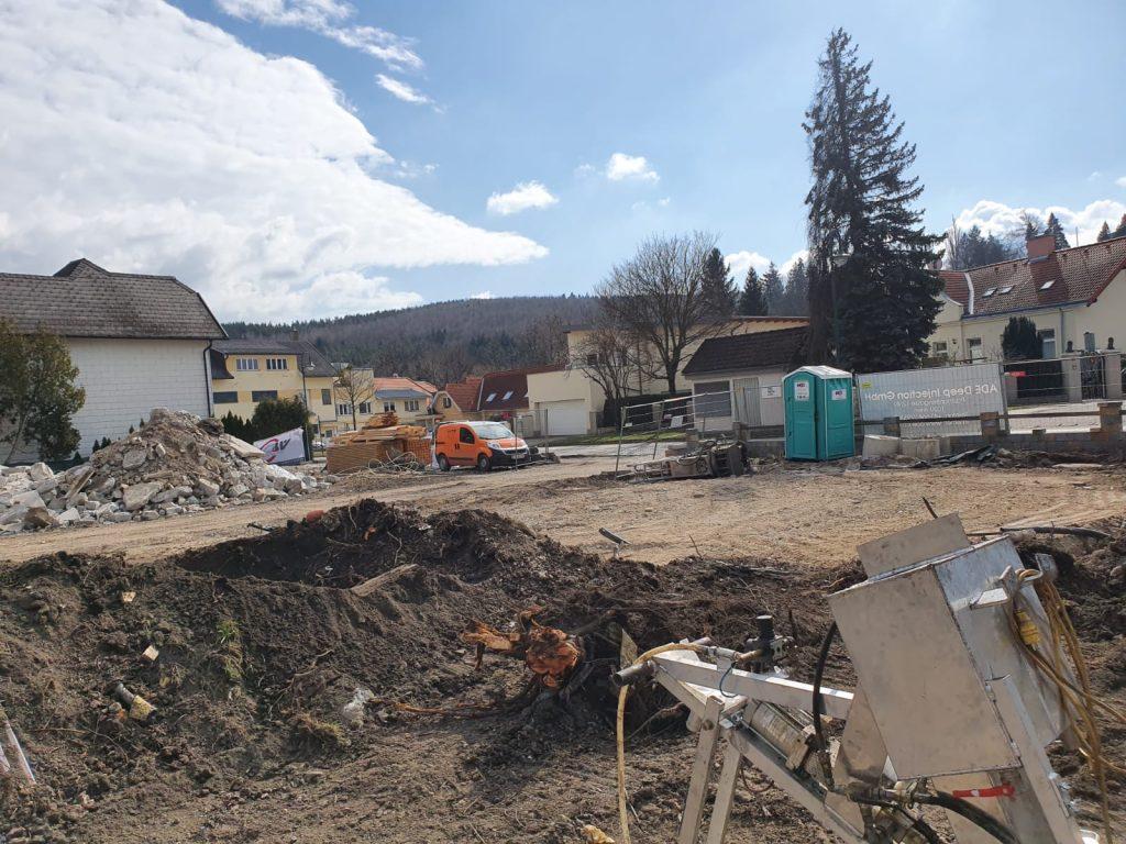 Alles wichtige für die Bauarbeiter in Tullnerbach steht bereit